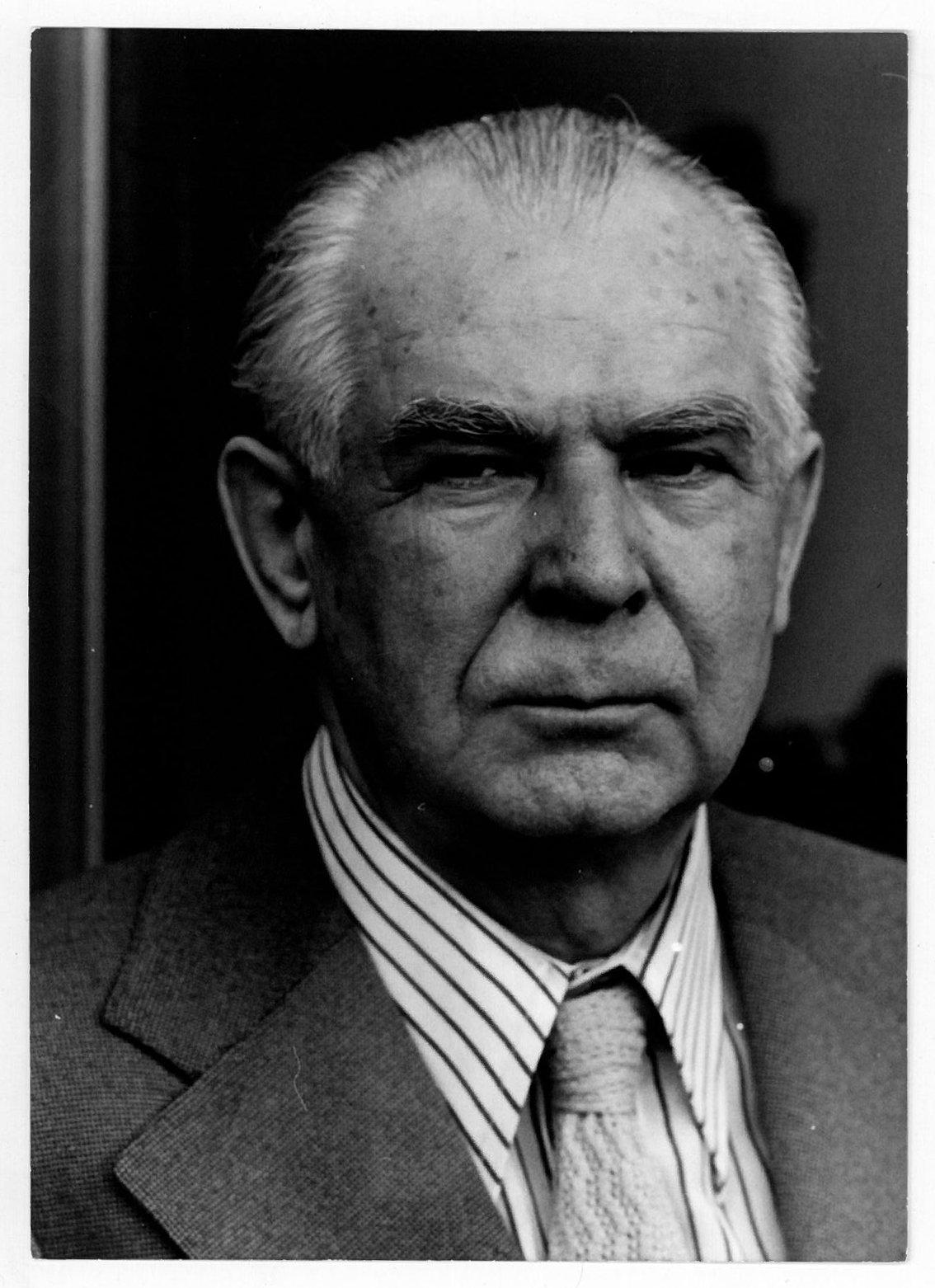 Günter Bialas